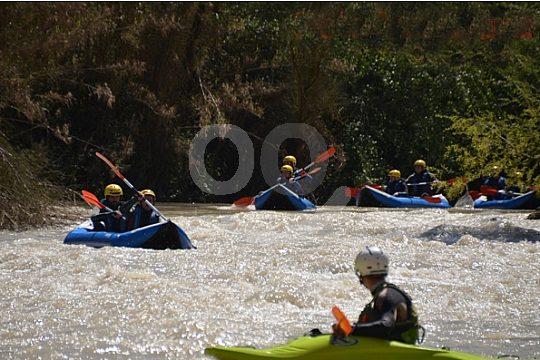 im Río Genil Kanu-Rafting machen