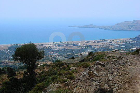 Aussicht auf die Ostküste beim Wandern auf Rhodos