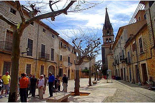 Tour Dorf Mallorca traditionell