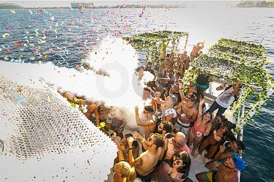 die beste Bootsparty auf Ibiza