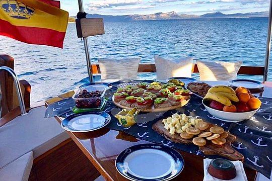 Boot mit Skipper auf Mallorca