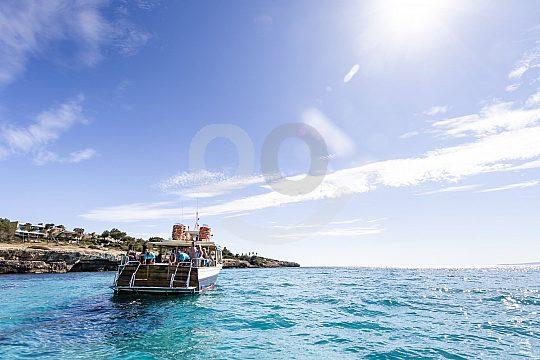 Palma Bucht mit dem Boot erkundne