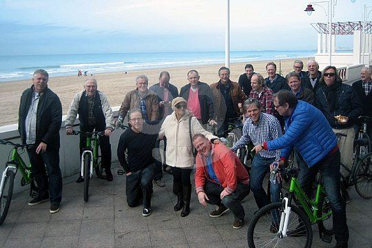 Gruppe auf der Fahrradtour