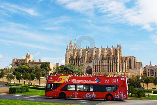 Mit dem Bus durch Palma
