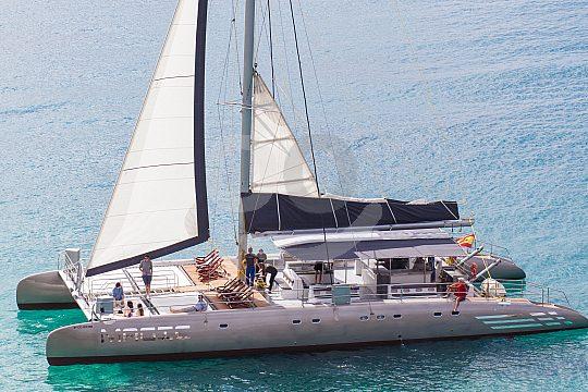Bootsausflug mit Segelkatamaran
