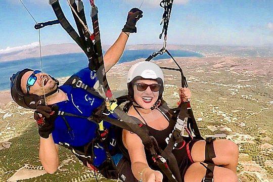 Gleitschirmfliegen auf Kreta