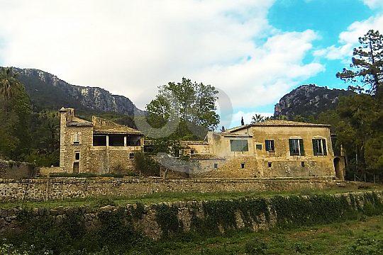 Rückseite Haus Jardines de Alfabia Show