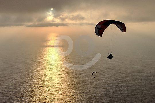 Sunset-Tandemflug beim Paragliding auf Kreta