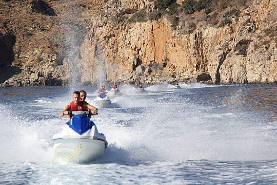Jet Ski fahren auf Kreta macht Spaß