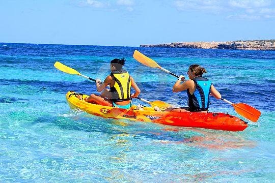 Schöner Wassersport auf Formentera