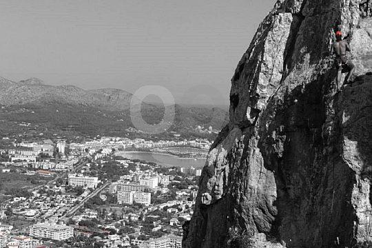 Abenteuer pur beim Klettern auf Mallorca