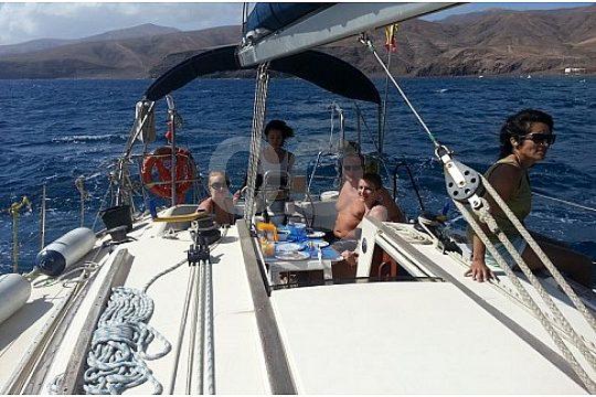 Lanzarote Segeltörn entlang der Buchten