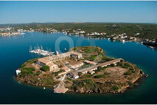 Blick auf die Halbinsel nahe Mahon Menorca