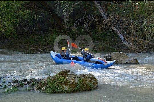 mit dem Kayak auf dem Río Genil
