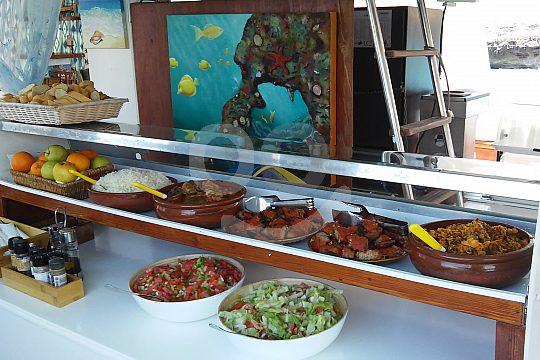 mallorquinisches Mittagessen an Bord