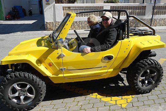 zu zweit im Mini-Jeep Mallorca entdecken