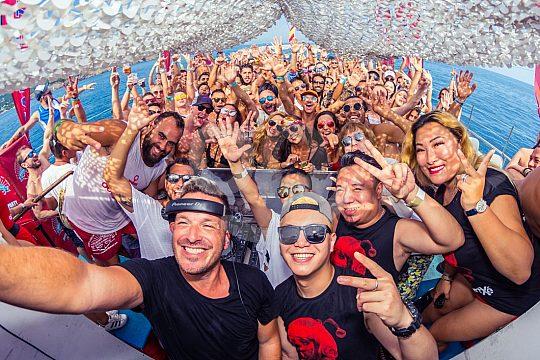Ibiza Partyboot Tour