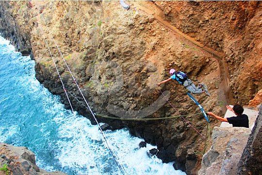 Bungee Jumping auf Gran Canaria von Klippen und Brücken