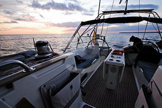 Segelschiff Mallorca Sonnenuntergang