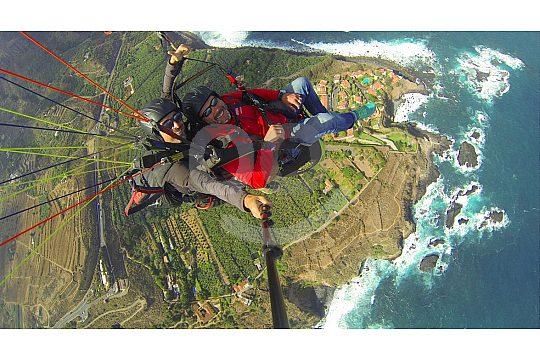 Tandem-Fallschirmfliegen in Teneriffa