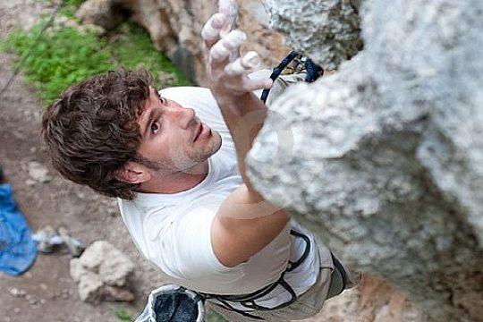 Konzentration beim Klettern auf Mallorca