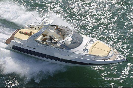 Luxuriöses Motorboot auf Gran Canaria