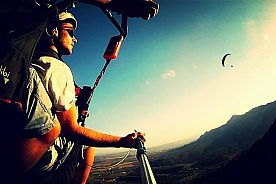 Fallschirmfliegen über die Costa Blanca