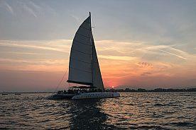 Roses Bootsfahrt am Abend