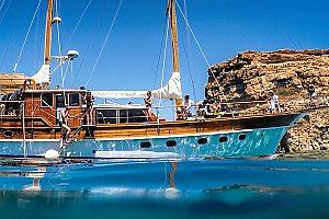Segelboot in der Blue Lagoon