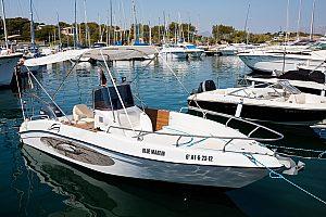 Privater Bootsausflug mit Skipper auf Mallorca im Norden der Insel nahe Alcudia