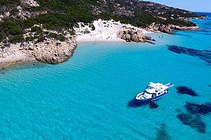 La Maddalena Archipel im Boot besuchen