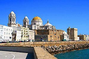 Stadt- und Strand-Fahrrad Tour in Cádiz: Stadtrundfahrt an der Costa de la Luz