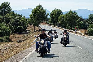 Die Motorradtour auf Mallorca – lässige Rundfahrt mit Chopper-Bikes (Beifahrer gratis)