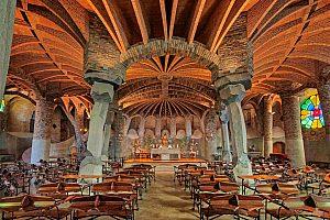 Krypta Gaudi in Barcelona