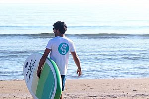 In Dénia einen Paddle Surf Kurs machen