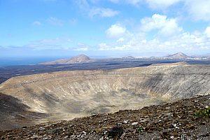 Vulkankegel im Landesinneren von Lanzarote