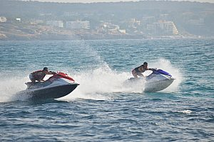 Auf Mallorca Jetski fahren entlang der Playa de Palma in Arenal