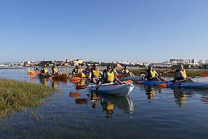 Kajak Gruppe an der Algarve