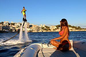 Neu: Flyboard Mallorca, das Wassersport-Ereignis in Calanova im Südwesten