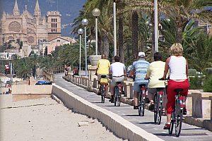 Umweltfreundliche E-Bike Tour Mallorca mit Guide durch Palma City