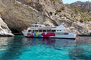 Booze Cruise Party Tour in Santa Ponsa im Südwesten von Mallorca