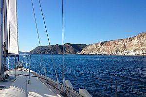 Erlebnisreicher Segeltörn ab Aguilas: Segeln an der Costa Calida
