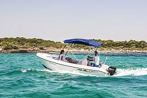Günstig ein Boot ohne Führerschein mieten in Portocolom