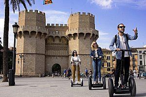 Mit dem Segway Valencia erkunden: die 3 besten Segway Touren der Stadt