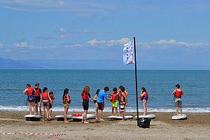 Stand Up Paddling im Urlaub am Riumar Strand - Wassersport an der Costa Dorada
