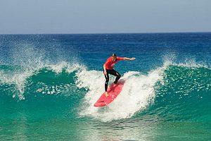 Wellenreiten / Surfen auf Fuerteventura im Norden der Insel