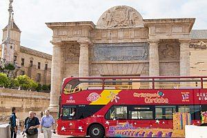 Cordoba City Sightseeing Bus: günstige Stadtrundfahrt und Stadtführung