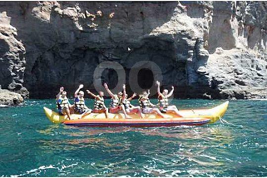 Con el bananaboat cerca de la costa en Gran Canaria