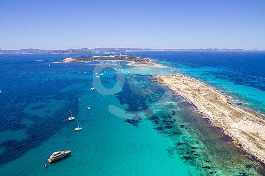 paseo en barco flexible a Formentera desde Ibiza