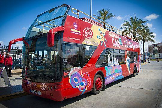 Cádiz per Bus erkunden
